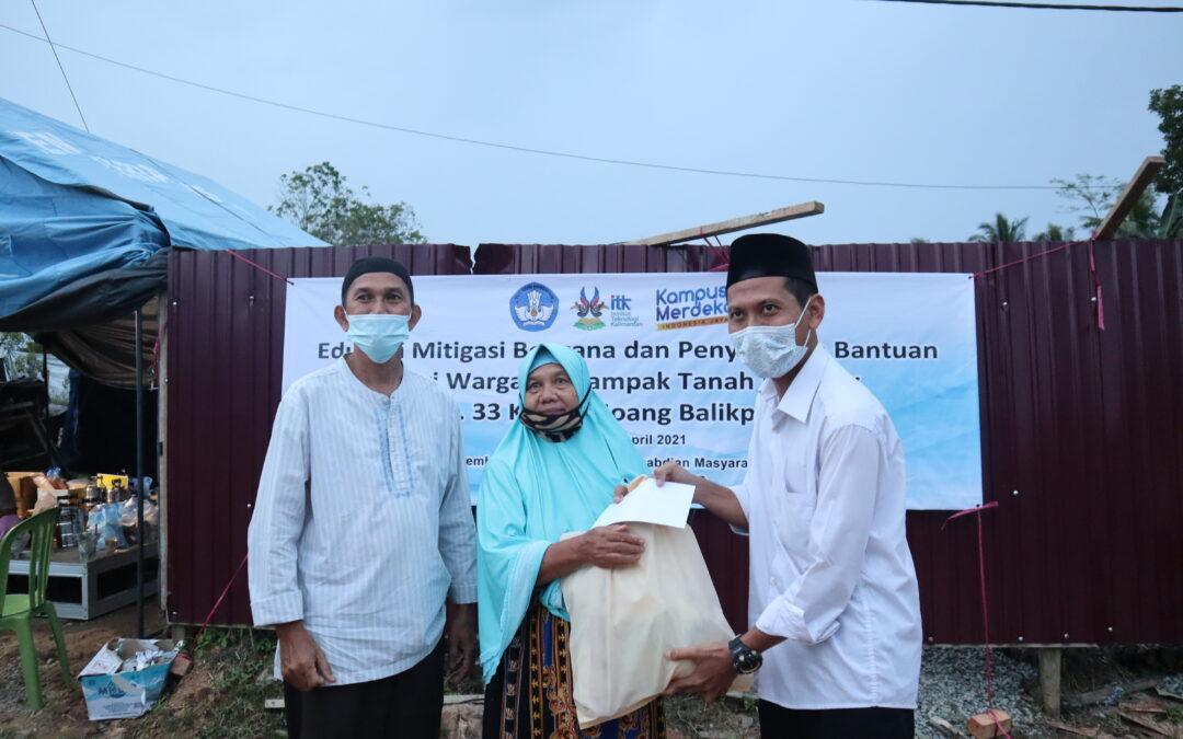 ITK Salurkan Bantuan Bagi Warga Tedampak Tanah Longsor